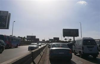 كثافات مرورية بدائري المنيب والسلام ومحور 26 يوليو.. وكسر ماسورة مياه بمدينة نصر