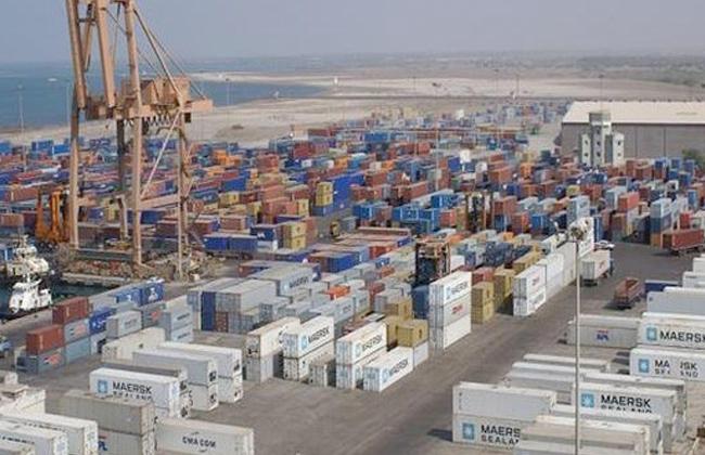 رئيس مدينة سفاجا يعقد اجتماعا لمناقشة المخطط الشامل لتطوير الميناء البحري
