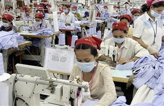 """""""صناعة الملابس بكمبوديا"""" يطالبون بزيادة الأجور رغم حظر المسيرات في """"عيد العمال"""""""