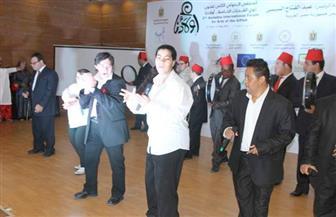 """أعضاء لجنة تحكيم إبداعات """"أولادنا"""" يشاهدون عروض غناء ورقص لفرق الأردن ومصر والسودان وزيمبابوي"""
