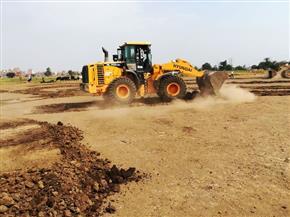 إزالة ملعب كرة واسترداد آلاف الأمتار من الأراضي المنهوبة من هيئة الأوقاف والإصلاح الزراعي بالشرقية |صور