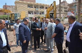 محافظ الغربية يتفقد أعمال إنشاء مقر مجلس مدينة قطور | صور
