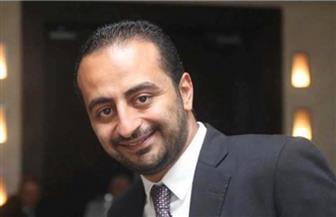 جثمان المخرج الشاب روبير طلعت يصل إلى القاهرة