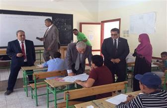 سكرتير عام جنوب سيناء يتفقد لجان امتحان الشهادة الإعدادية | صور