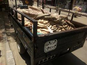 ضبط كمية كبيرة من الخبز المدعم وماكينة صرف بحوزة سائق بالإسماعيلية