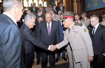 وزير الدفاع من روسيا: أوضاع المنطقة تحتم علينا الاستمرار فى تطوير القدرات القتالية