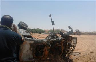 انقلاب سيارة على طريق المطار الجديد وإصابة سائقها بكسور وحروق