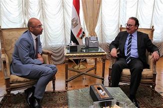 """وزير الاتصالات يلتقي الرئيس الجديد لـ""""أورنچ مصر"""""""