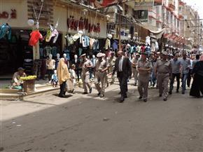 مدير أمن الشرقية يقود حملة لإزالة الإشغالات بالزقازيق في أول أيام رمضان