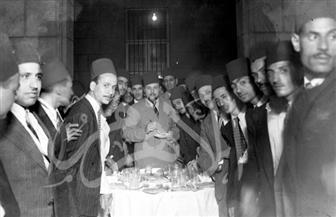 الملك فاروق في صور نادرة خلال حفلات إفطار رمضان