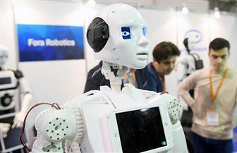 شاب سعودي يطور أول روبوت يتحدث العربية