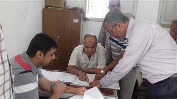 إحالة 13 موظفا بالوحدة المحلية لمحلة زياد فى الغربية للتحقيق   صور