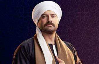 """عمرو يوسف يفاجأ بخطبة زوجته في الحلقة العاشرة من """"طايع"""""""