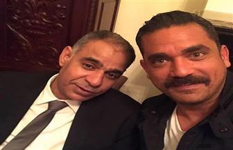 """أمير كرارة يمازح محمود البزاوى: """"ينفع أضرب بالنار فى عهدك ياسيادة العميد"""""""