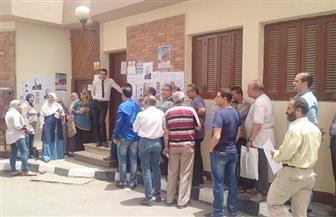 إقبال كثيف من الناخبين في انتخابات اللجنة النقابية بالتنظيم والإدارة| صور