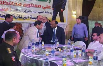 محافظ الغربية يشارك في إفطار جماعي لأسر حفظة القرآن والشهداء | صور