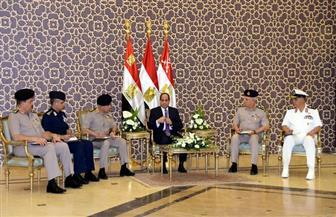 تفاصيل لقاء الرئيس قادة القوات المسلحة بعد صلاة الجمعة بمسجد المشير طنطاوي | صور