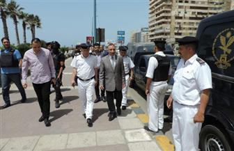 مدير أمن الإسكندرية يتفقد عددا من التمركزات الأمنية بأنحاء المدينة | صور
