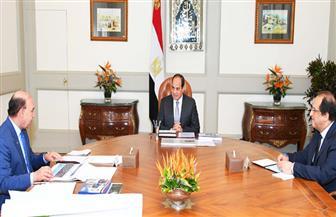 الرئيس السيسي يستعرض ملف تطوير المنطقة الاقتصادية لقناة السويس مع الفريق مميش