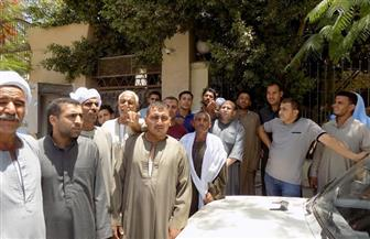 """أهالي 3 عزب يشكون من انقطاع مياه الشرب منذ 45 يوما.. ورئيس """"مياه الفيوم"""": نحل المشكلة   صور"""