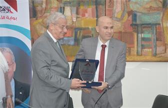 محسن صلاح: مصر أبهرت العالم بسرعة تنفيذ المشروعات القومية الكبري في وقت قياسي   فيديو وصور