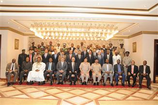 وزير الدفاع فى حفل تخرج دارسين من 39 دولة إفريقية: حريصون على دعم وتعزيز التعاون