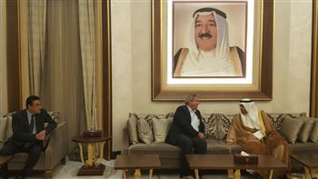 """وزير الشباب يصل الكويت لحضور حفل ختام """"الكويت عاصمة الشباب العربي.. والقاهرة تتسلم الراية"""""""