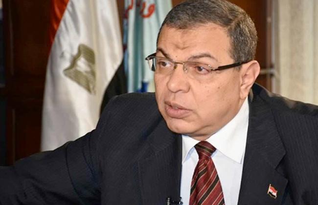 وزير القوى العاملة يتفقد التجهيزات للمرحلة الثانية من انتخابات العمال باستاد القاهرة -