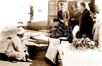 الملك فاروق وقصة حادث سيارة في صورة من عام 1944