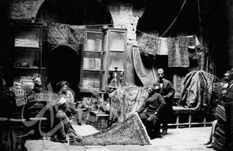 بائع السجاد وصانع الجلود وأحياء القاهرة التاريخية صور من عام 1890