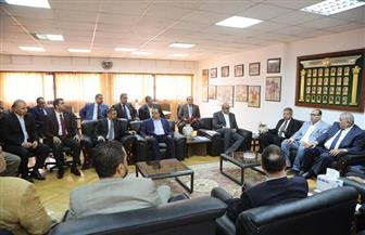 وزير الرياضة يجتمع مع رؤساء الاتحادات باللجنة الأوليمبية