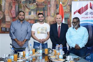 """رؤوف عبدالعزيز في ندوة """"بوابة الأهرام"""": احترام """"سلامة"""" للتخصص من أسباب نجاح """"فوق السحاب"""""""
