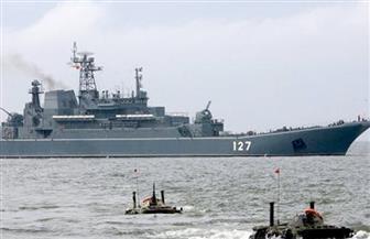 سفينة أمريكية تنتشل 12 جثة و41 ناجيا من قارب مهاجرين قبالة ليبيا