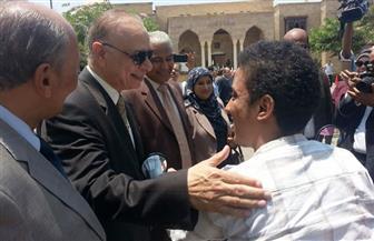 محافظ القاهرة: تلقينا العام الماضى 100 مليون جنيه دعما من رجال الأعمال لمتحدى الإعاقة | صور