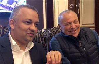 شاهد حديث رئيسي اتحاد الكرة المصري والسعودي عن صلاح خلال دعاباتهما لدعم المنتخبين العربيين | فيديو