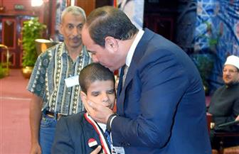 عبدالرحمن خليل ابن قرية طبلوها الذي كرمه رئيس الجمهورية: أتمنى أن أصبح من علماء الأزهر الشريف
