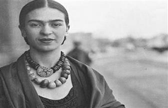 """متحف بريطاني يعرض مقتنيات من حياة ملحمية للفنانة المكسيكية """"فريدا كالو"""""""