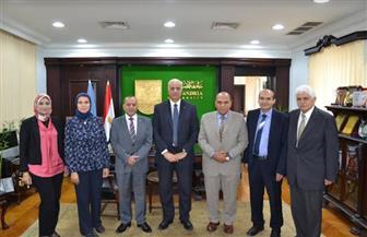 جامعة الإسكندرية تكرم الفائزين بجوائز أكاديمية في البحث العلمي |صور