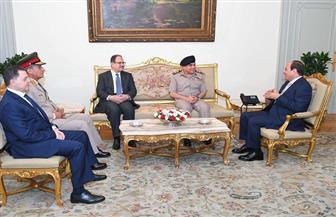 خبراء: مشهد لقاء الرئيس مع وزراء الدفاع والداخلية يعكس صورة حضارية لدولة المؤسسات