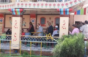 محافظ القاهرة يصل مرسى ماسبيرو للتأكد من توافر عوامل الأمن بالأتوبيس النهرى