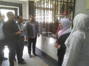 رئيس حي شبرا يتابع خدمات مبنى الطوارئ بمستشفى شبرا العام في العيد| صور