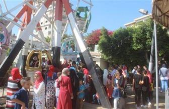 تزايد إقبال الموطنين على الحدائق والشواطئ بكفر الشيخ في ثالث أيام العيد   صور