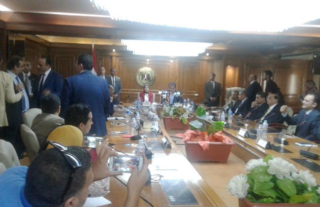 وزير التعليم العالي يكشف خطوات التعاون مع وزارة الصحة -