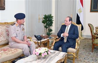 الرئيس السيسي يستقبل وزير الدفاع والإنتاج الحربي