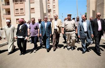 محافظ كفرالشيخ يسلم وحدات سكنية للمستحقين بمجمع إسكان الحامول الجديد| فيديو