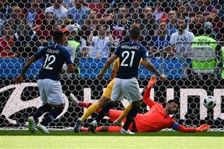 أستراليا تتشبث بالأمل أمام الدنمارك وفرنسا تواجه بيرو لحسم التأهل بالمجموعة الثالثة