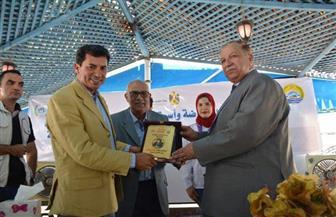 وزير الرياضة يلتقي مجموعة من شباب الإسماعيلية ويتفقد مركز شباب الشيخ زايد  صور