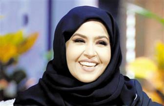 """أيهن أنت؟!.. مجموعة الكويتية """"إيمان الشمرى"""" تفتش عن المرأة"""