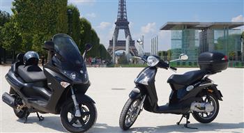 """شركة أمريكية تطلق خدمة تأجير دراجات """"سكوتر"""" في باريس"""