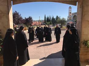 البابا تواضروس يزور دير مار يعقوب البرادعي بلبنان   صور